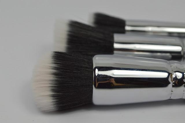 Bild von Zoeva Stippling Brushes Pinsel