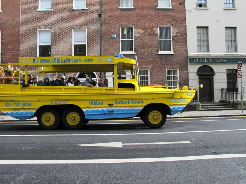 viking tour bus in dublin photo by susan wellington