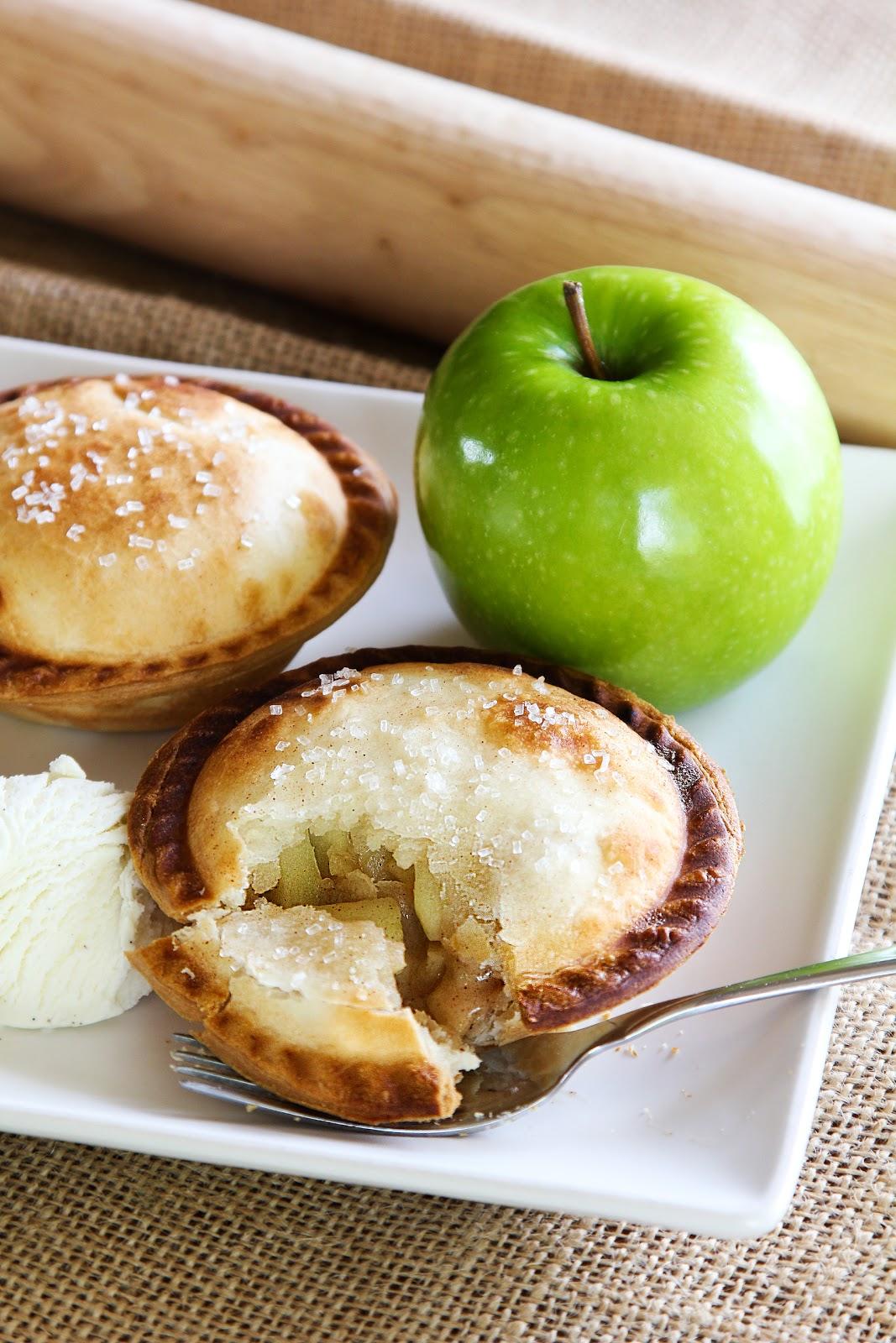 Life Made Simple: Mini Apple Pie A La Mode