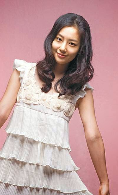 Moon Chae Won foto4