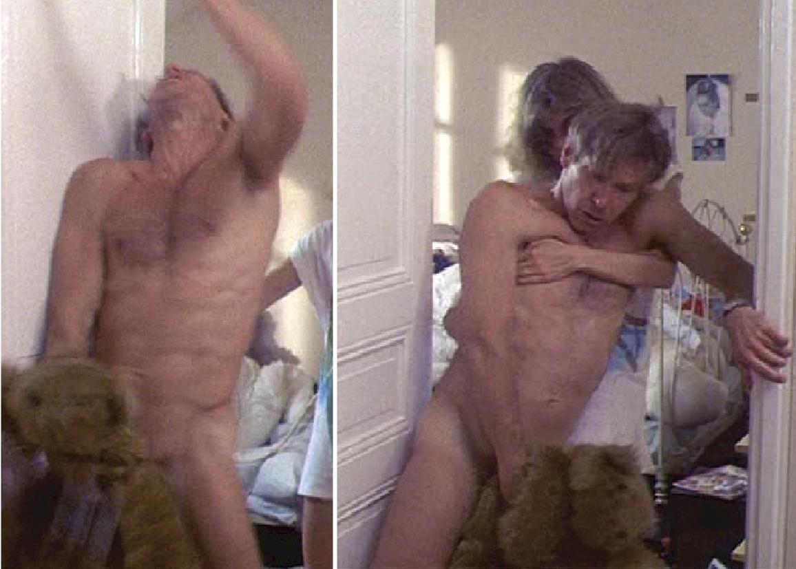 Stephen lang desnuda frontal