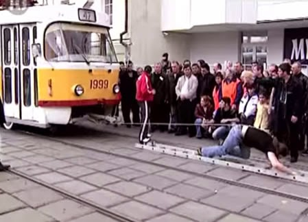Tram Hair Pull