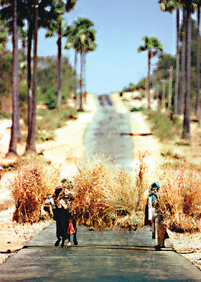 Bagan Travel via the road