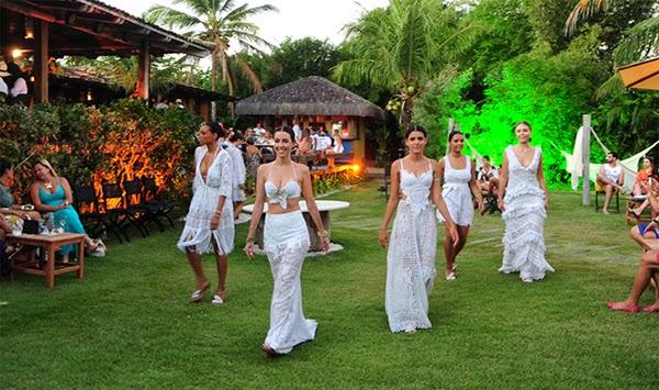 Martha Medeiros coleção Resort 2015 vestidos de renda