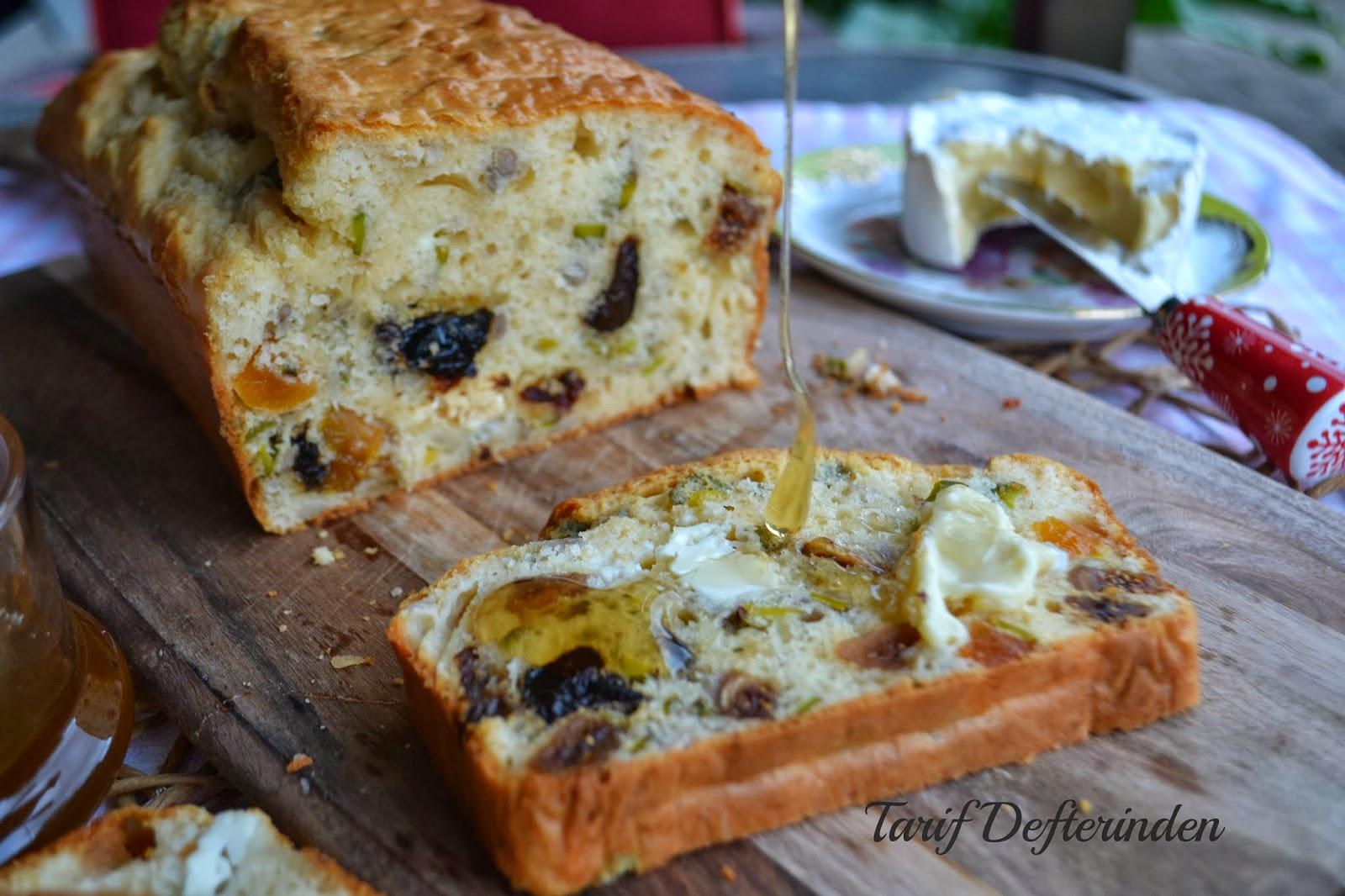 Meyveli Ekmek Tatlısı
