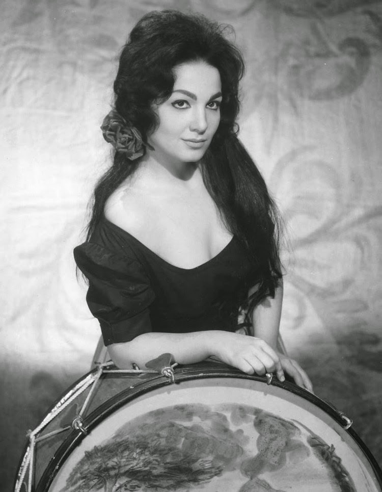 Canadian soprano Teresa Stratas as Nedda in Leoncavallo's PAGLIACCI in 1963 [Photo by Louis Mélançon, © by The Metropolitan Opera]