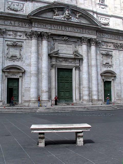 Santa Maria in Vallicella, piazza della Chiesa Nuova, Rome