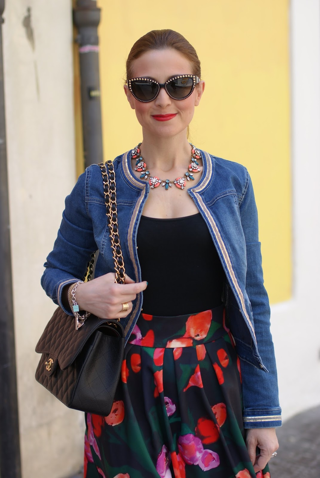 Wolford body worn with skirt, Pimkie denim jacket, Chanel bag, Happiness Boutique necklace and Walktrendy skirt on Fashion and Cookies fashion blog, fashion blogger style
