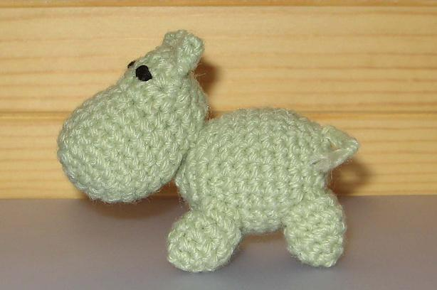 Mini hippo crochet toy patterns