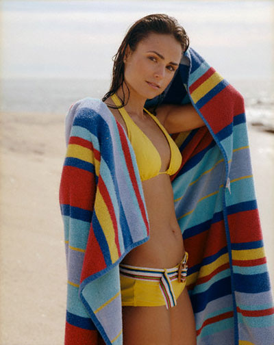 Fast and Furious Girl Jordana Brewster sexy stills