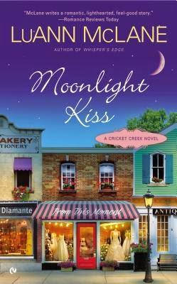 https://www.goodreads.com/book/show/16144857-moonlight-kiss