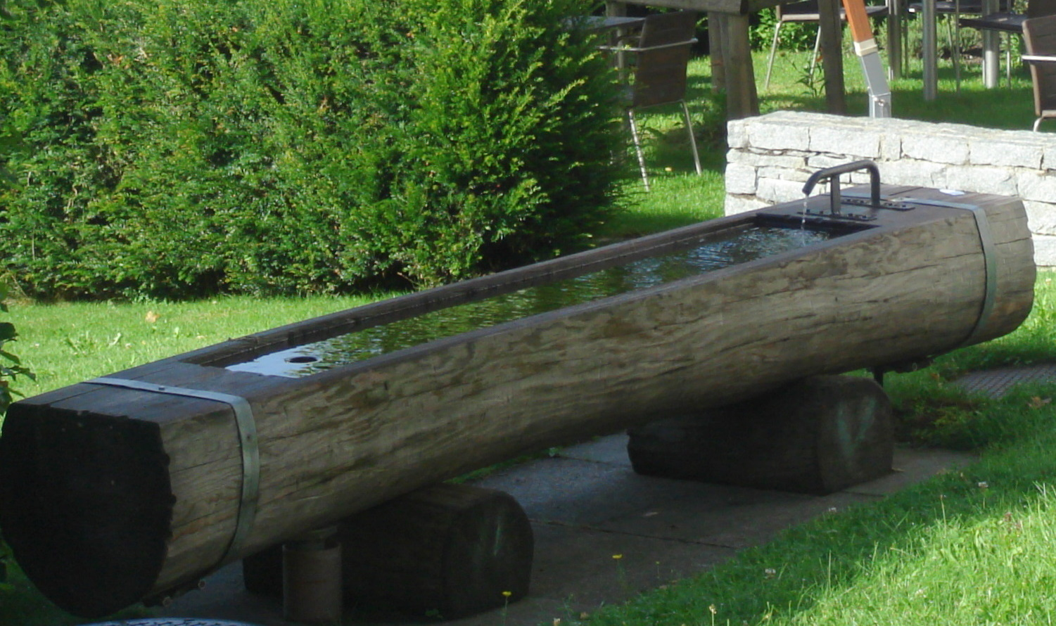 Charmant Water Troughs
