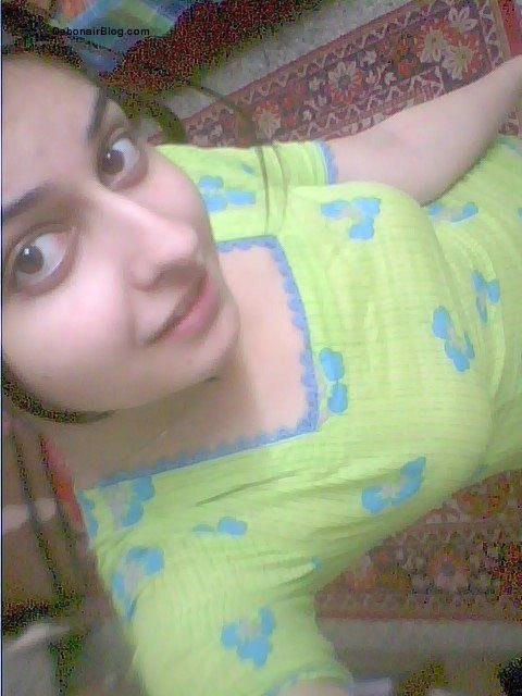 Hot local girls wallpapers image gallery hd wallpapers for Desi sexy imege