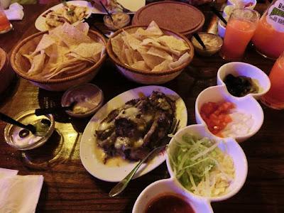 Nachos Party at Smokey's Joe Rib House and Pub Kaohsiung