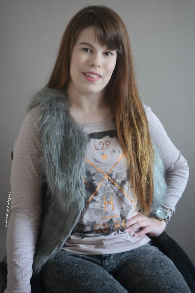 Outfit - Zeit für Winterfell: Langarm-Shirt und Weste von Broadway NYC Fashion, Jeans von H&M und Uhr von Michael Kors