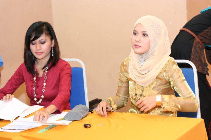 Gambar Bogel awek gadis melayu lucah bogel tetek seksi tudung seksi ketat skodeng July 20   Melayu Boleh.Com