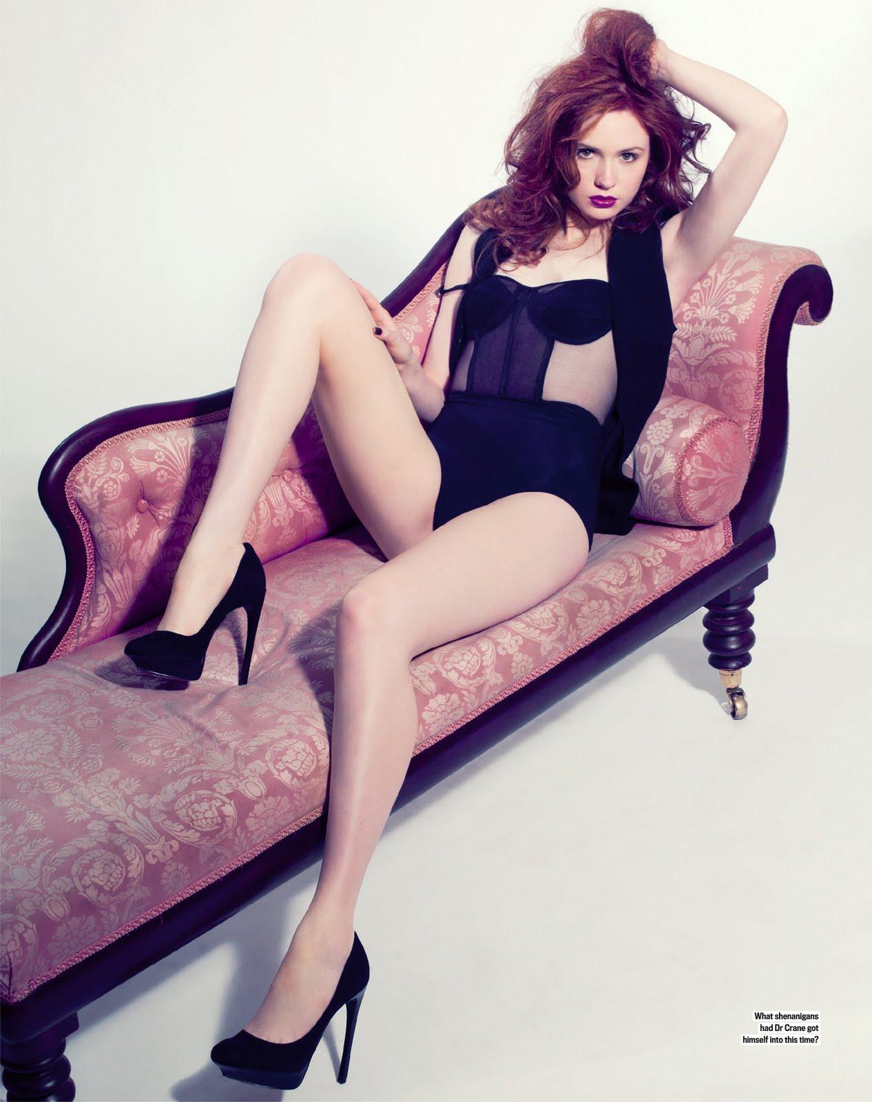 http://4.bp.blogspot.com/-uyREfZINZEI/Tm13dlK3CpI/AAAAAAAAAa8/F18EsQIWid8/s1600/Karen+gillan+legs.jpg