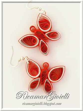Orecchini con farfalle in quilling