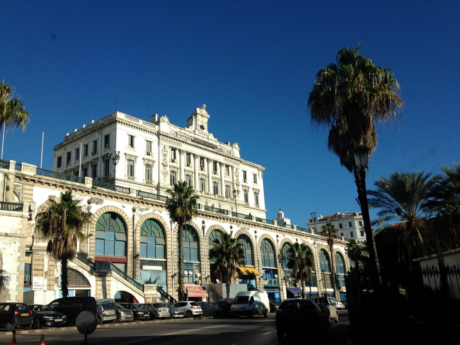 Marseille porte de l 39 afrique automne en berb rie for Porte 4 marseille