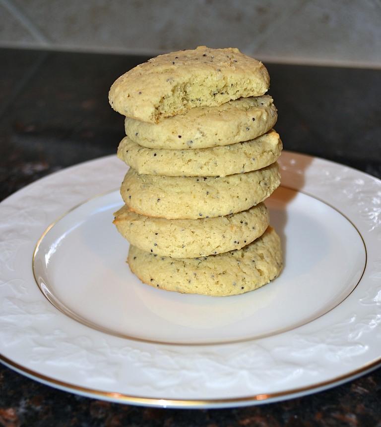 Lemon+Poppyseed+Cookies+2.jpg