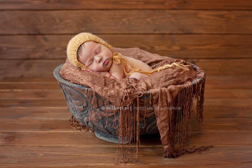 sesje zdjęciowe noworodków, fotografia noworodkowa Poznań, zdjęcia niemowląt, sesja rodzinna, fotograf noworodkowy