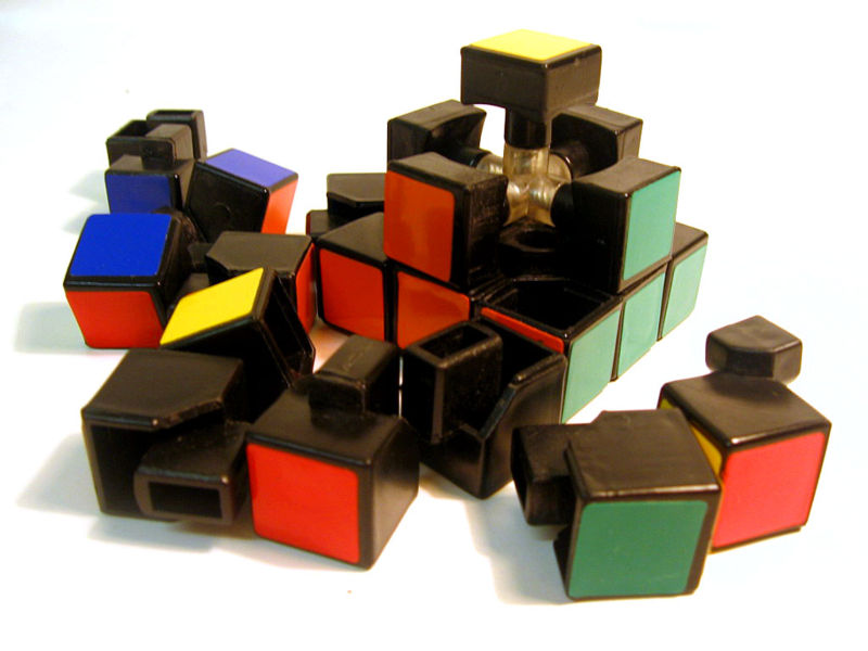 [Image: Rubiks+Cube+Pieces.jpg]