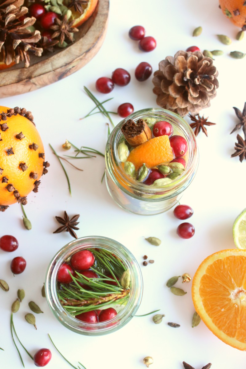 4 Ways to Naturally Fragrance Your Home in Winter