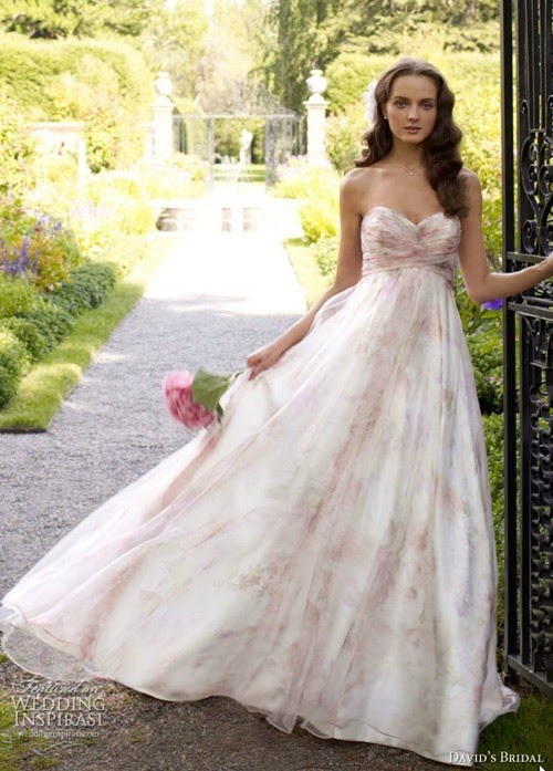 Chọn váy cưới nào khi tổ chức đám cưới ngoài trời