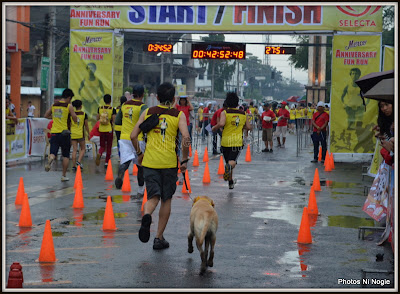 http://www.journey-ni-ikoy.com/2012/10/rain-or-shine-bruno-had-fun-running.html