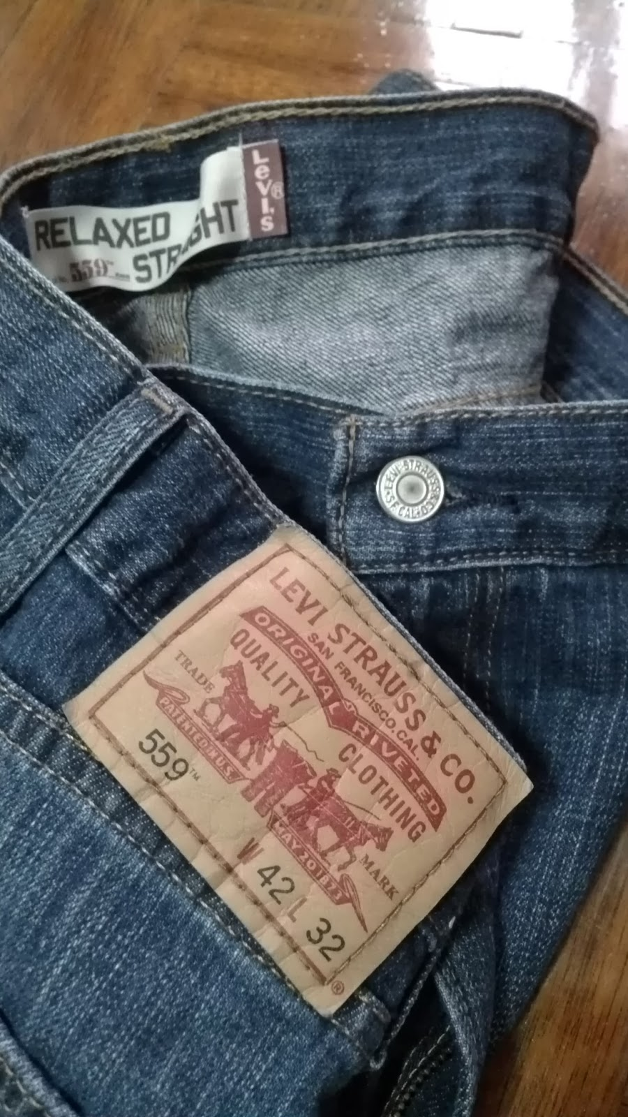 Jeans By Example Levis Relaxed Straight 559 W42 L32 RM140 NEW