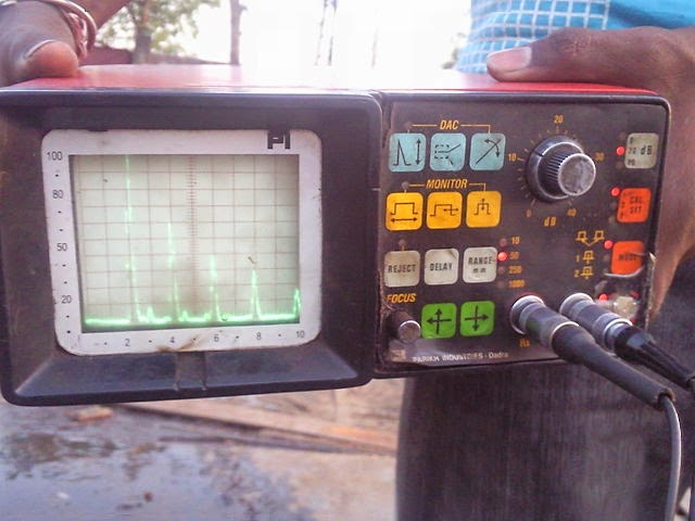 Ultrasonic_testing_machine