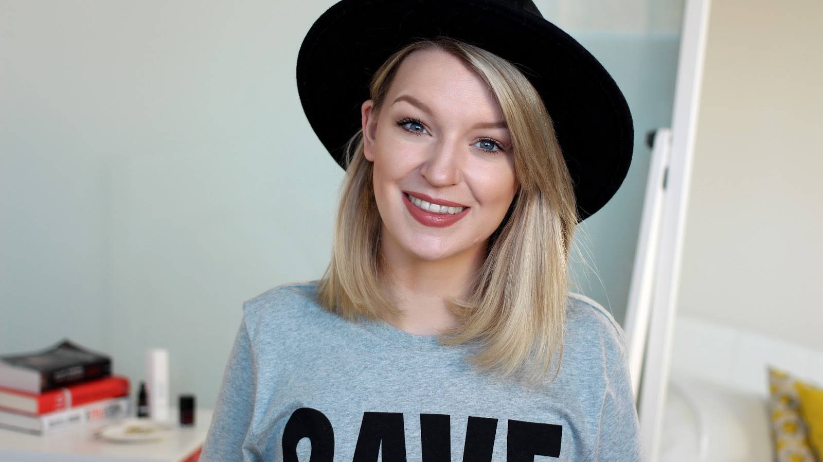 A beauty blogger fillms her Daily Make-up Routine for YouTube