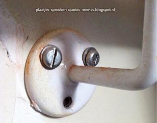grappig plaatje met verborgen gezicht in voorwerp