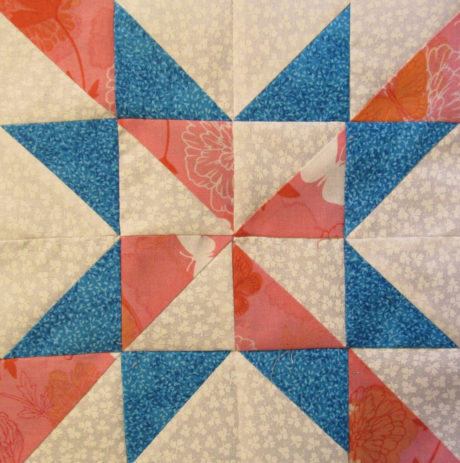 The Quilt Ladies Book Collection: Free Star Quilt Pattern Block for YOU from The Quilt Ladies