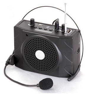 PORTABLE MIC WITH SPEAKER & AMPLIFIER