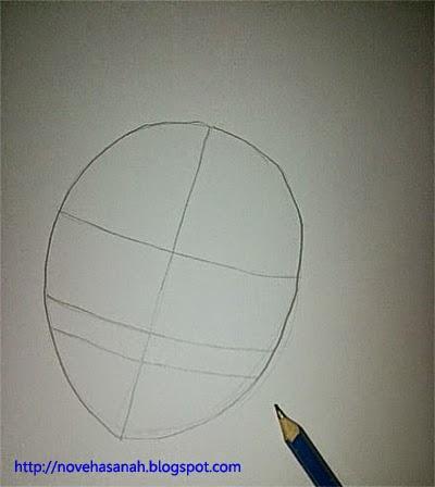 buat bentuk oval lalu tambahkan garis-garis untuk bagian wajah karakter anime yang akan dibuat