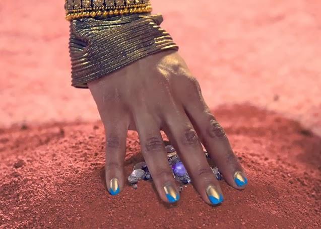 Gormay Nails: Katy Perry Dark Horse Egyptian Nails