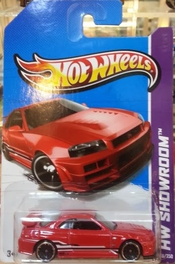 HW Nissan Skyline red (2013)
