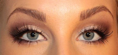 Ways to Make Your Eyes Look Brighter and Bigger