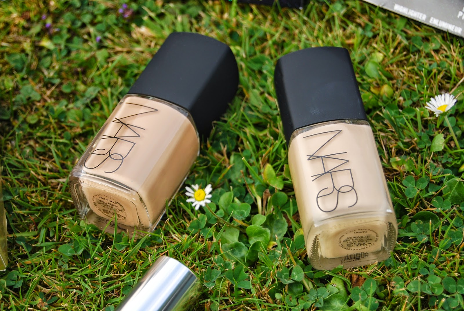 NARS Sheer Glow Foundation in Deauville and Vallauris