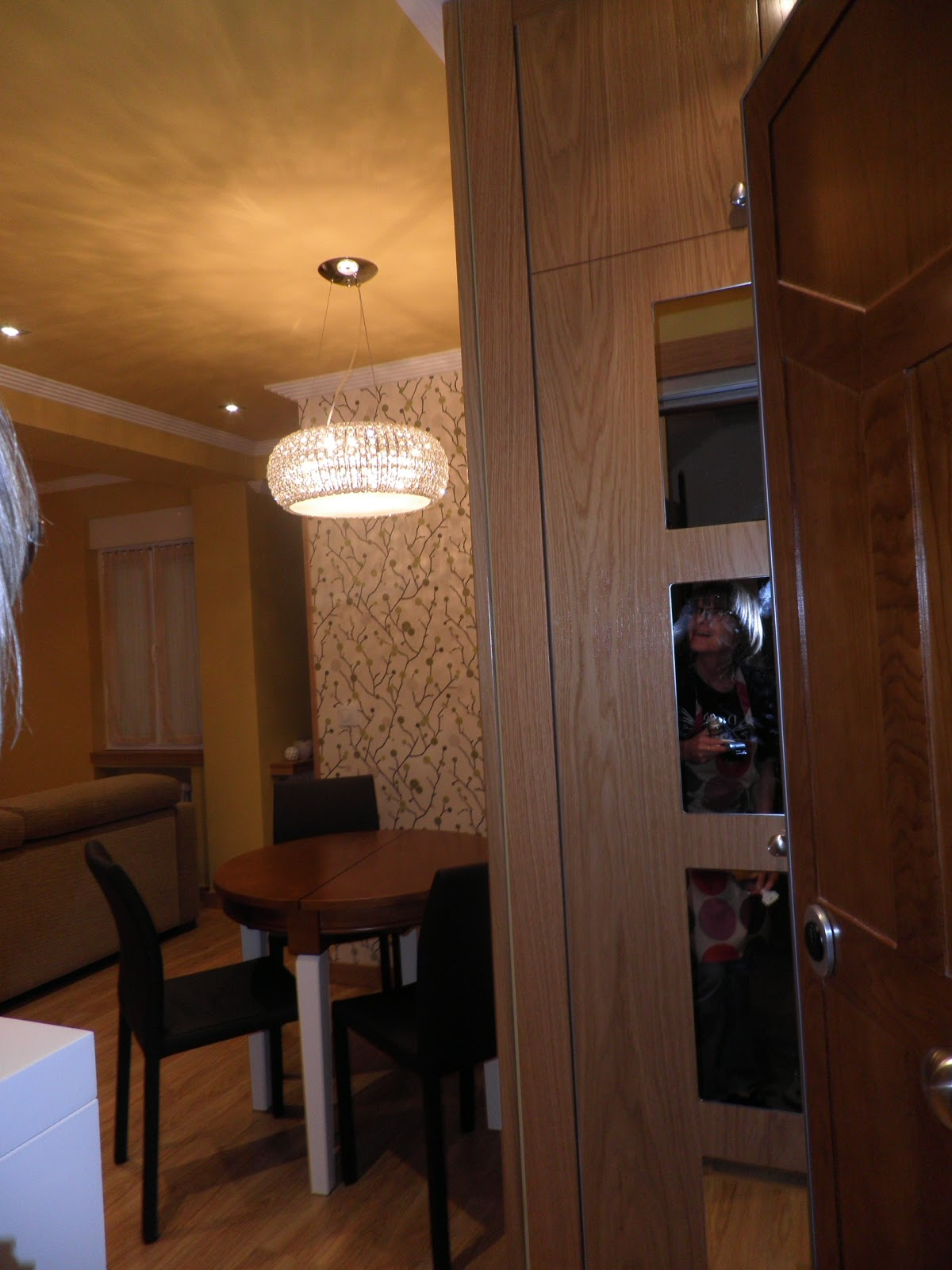 Interiorismo y decoracion lola torga espacios peque os for Comedor para espacios pequea os