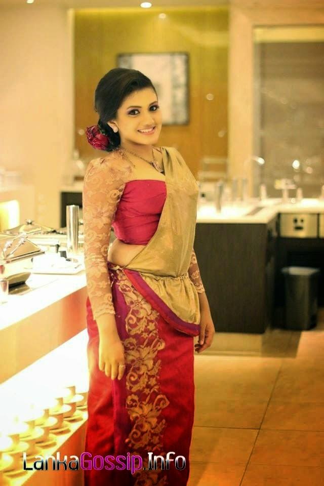 Shanudri Priyasad osariya hot