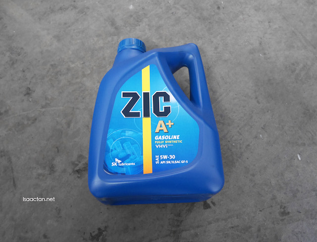 Fully synthetic engine oil 5W-30