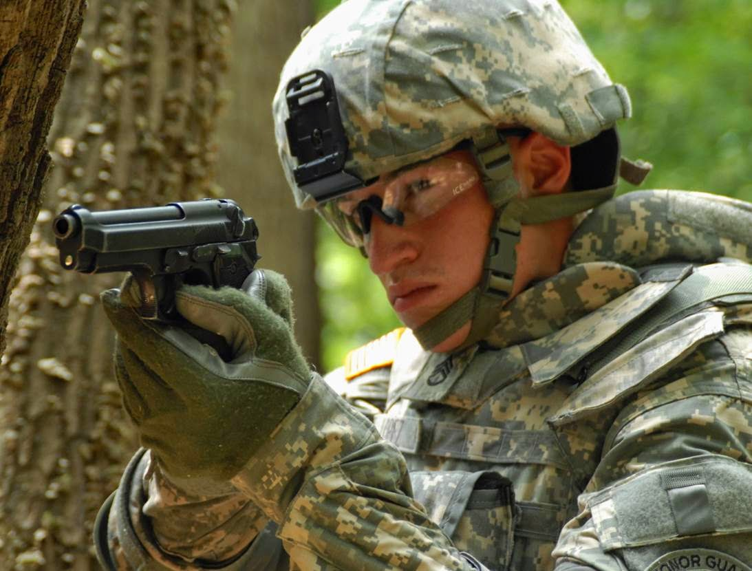 Army Beretta M9 Pistol In Training