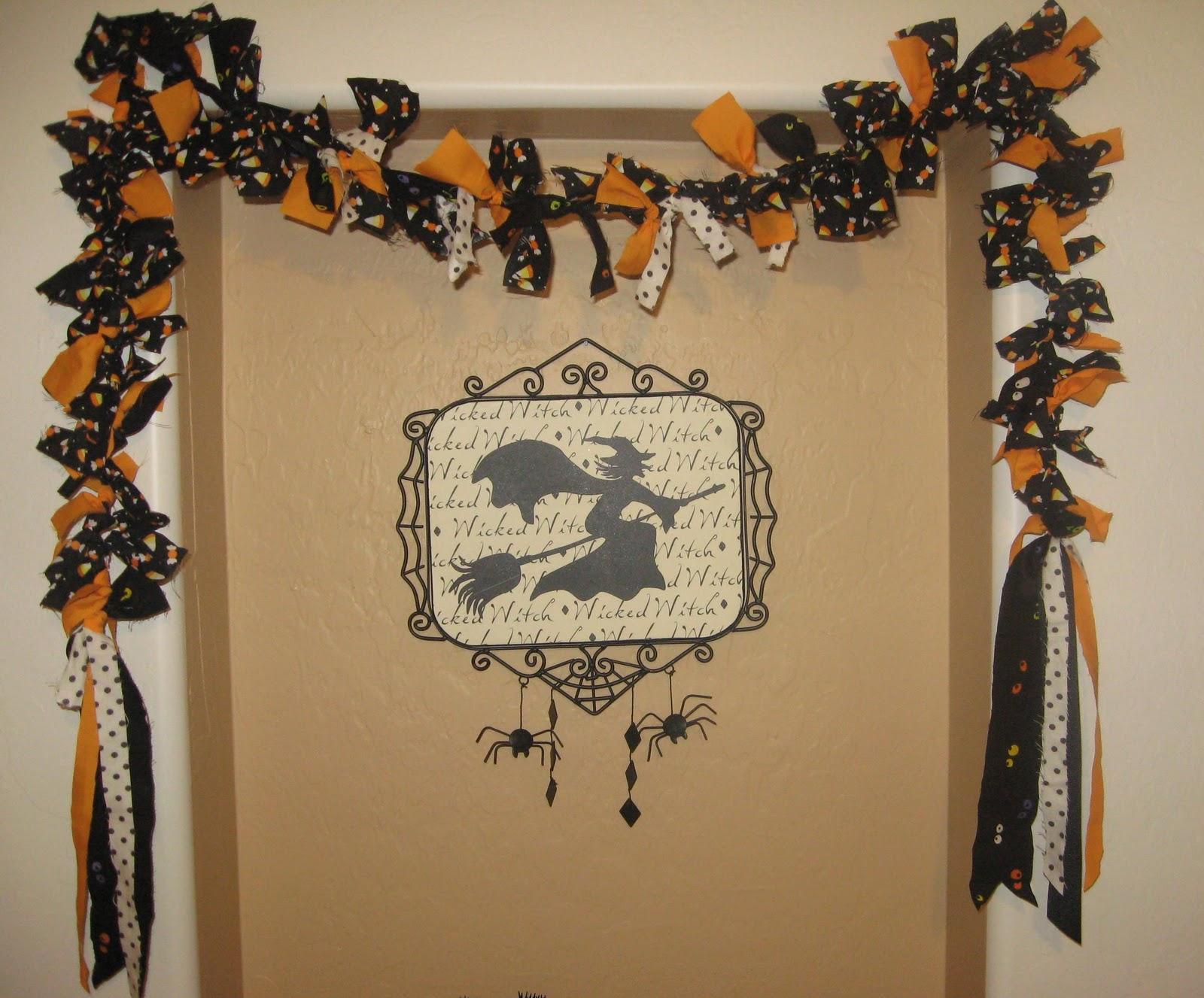 Sisterhood of the crafty pants halloween garland for Halloween girlande