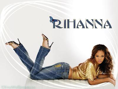 http://4.bp.blogspot.com/-v0KKxvtLEHg/TtDQpkILhtI/AAAAAAAAAvo/vEz925h0ark/s400/Rihanna-148-1.jpg