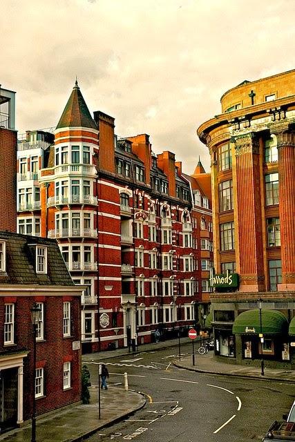 Harrods in the Morning, London United Kingdom