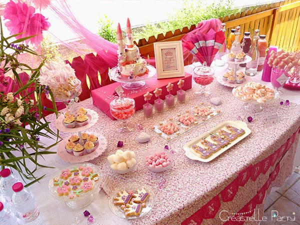 cr astelle party un jour mon prince viendra une sweet table de princesse. Black Bedroom Furniture Sets. Home Design Ideas