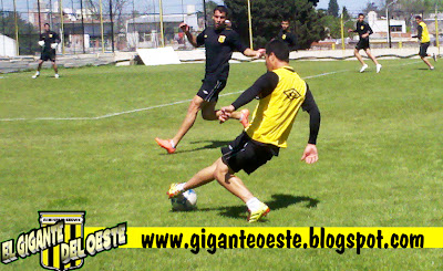 http://4.bp.blogspot.com/-v0TGJk5C1O8/UGMtrz598AI/AAAAAAAAKy4/J7BpNy86Ps8/s1600/entrenamiento1.jpg