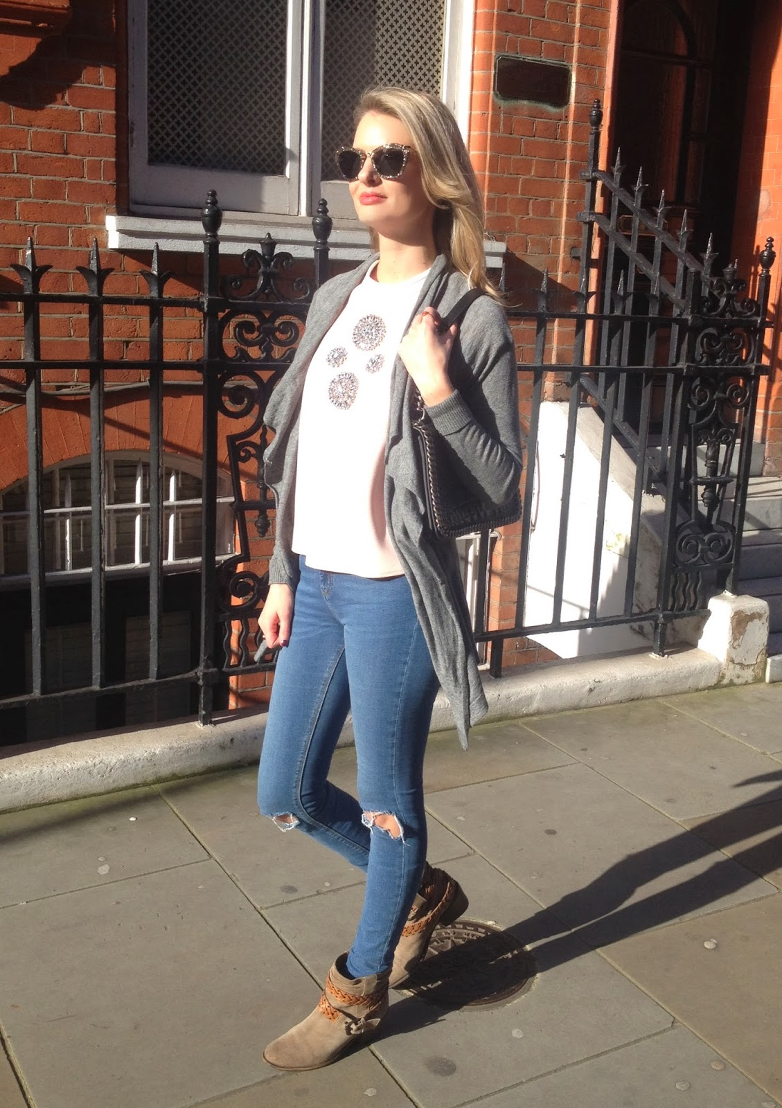 embelished top, embelished zara top, London, London street style, miu miu, miu miu sunglasses, miu miu glitter, miu miu glitter sunglasses, miu miu cat eye sunglasses, zara, zara top, zara t-shirt, zara look book 2014, asos, asos jeans, asos skinny jeans, asos ripped jeans, asos ridley jeans, zara bag, zara crocodile bag, chrissabella, fashion blogger, london blogger